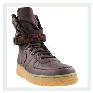 New Nike Air Force 1 Burgundy size 10